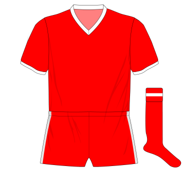 Manchester-United-1957-European-kit-Real-Madrid-red-shorts.png
