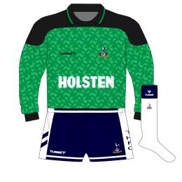 tottenham-hotspur-spurs-hummel-1989-1991-green-goalkeeper-shirt-thorstvedt-holsten