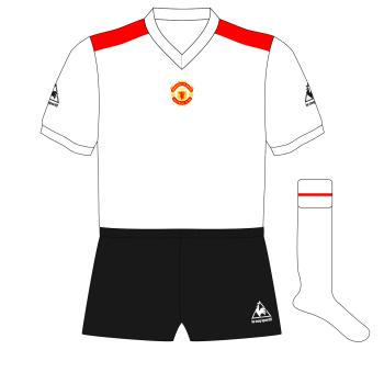 Manchester-United-Le-Coq-Fantasy-away-1980-Tottenham-01