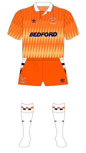 Luton-Town-1989-1990-Umbro-third-kit-white-socks-Coventry-01