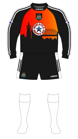 Newcastle-United-1996-1997-adidas-goalkeeper-shirt-Tyne-Bridge-01
